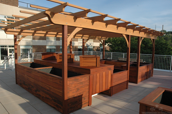 Instead of throwing our your deck scraps, create something unique out of your short length decking!